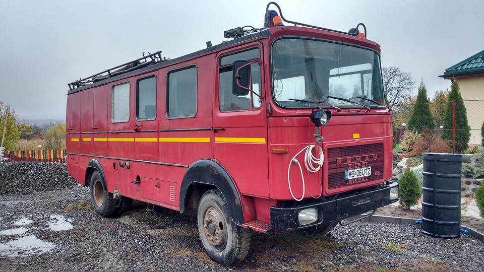 A UK fire appliance will replace this ancient fire engine from Romania